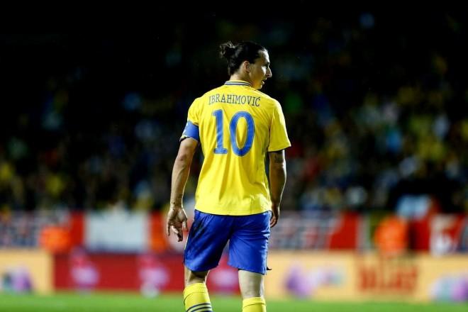 Zlatanilla loukkaantumishuolia MM-jatkokarsinnan alla – Katso jäätävä video siitä, mistä Ruotsi voi jäädä paitsi!