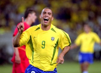 Brazil ronaldo 15 maalia mm-kisoissa puoliaika