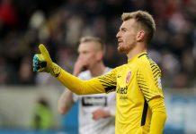 Eintracht Frankfurt lukas hradecky puoliaika