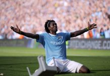 Manchester City Arsenal emmanuel adebayor puoliaika