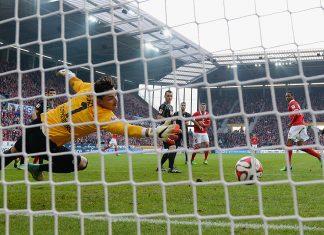 rankkarin 1. FSV Mainz 05 v SC Freiburg puoliajalla rankkari videotarkastuksen jälkeen puoliaika