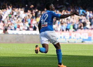 SSC Napoli v AC Chievo Verona nousi voittoon puoliaika