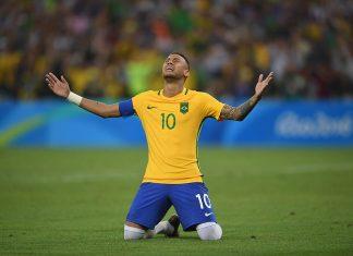 Brazil julkisti kivikovan joukkueensa mm-kisoihin puoliaika